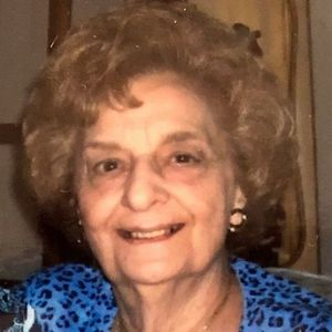 "Dolores ""Dee"" Pucca Obituary Photo"