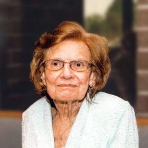 Ruth Mroz