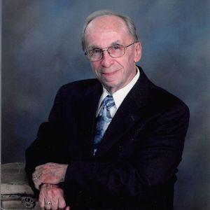 Ralph L Daudet