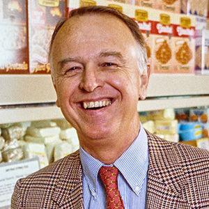 Joe Coulombe Obituary Photo