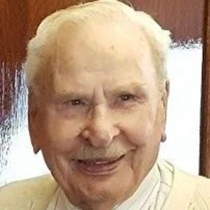 Paul V. Carlson Obituary Photo