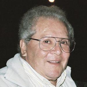 Guillermo Larrea Obituary Photo