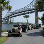 last cars on the old bridge