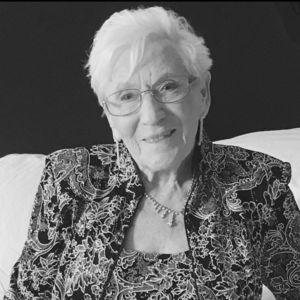 Helga Cinalli Obituary Photo