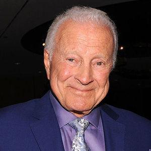 Lyle Waggoner Obituary Photo