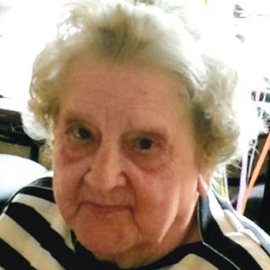 Audris L. Lichota Obituary Photo