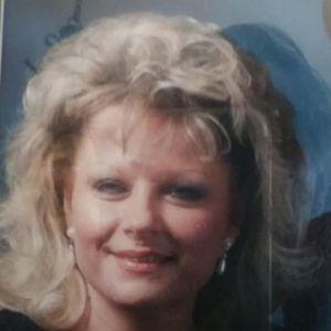 Stella Ostrowski Obituary Photo