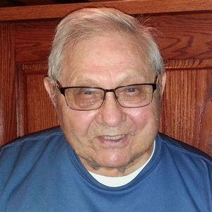 Dr. Milton Pietz