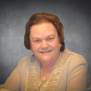 """Patricia """"Pat"""" Weyler Obituary Photo"""