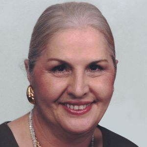 Angela DeLuca Pisa