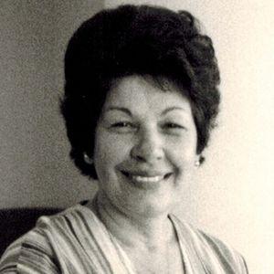 Louise Carinelli Obituary Photo