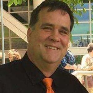 Mr. Roger Dean McCullough Obituary Photo