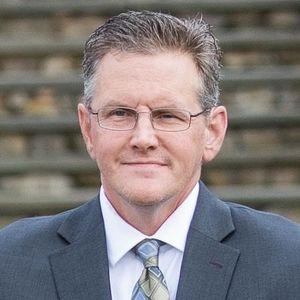 Daniel E.  MacDonald
