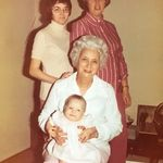 Shirley, Karlyn (mother), Granny Pauline Davis (grandmother), Claire (daughter)