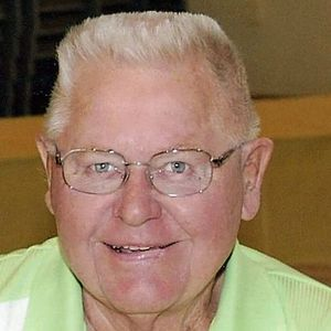 Vernon M. Aaroen Obituary Photo