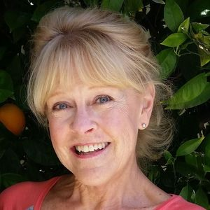 Mrs Jean Elizabeth / Strattan Noennick