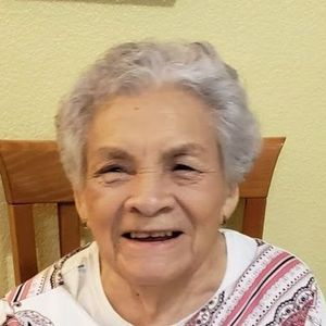 Dolores Paredes Obituary Photo