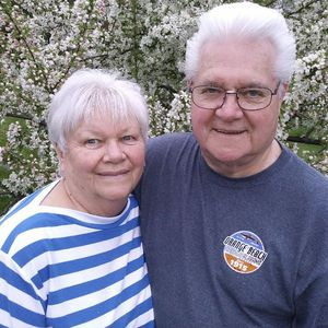 Donna and Jerry  Castleberry