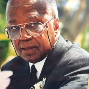Fernando  McLean