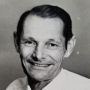 Leonard H. Pelc Obituary Photo