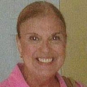 Mrs.  Sharon  Wells
