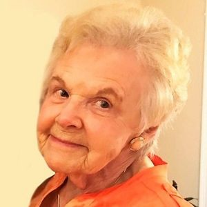 Elsie  D. MacDonald Obituary Photo