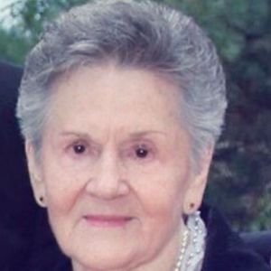 Valda Della Porta Obituary Photo
