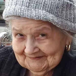 Simona R. Escobar