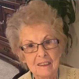 Nora T. Howe Obituary Photo
