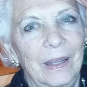 Mary Lou  Oechsner