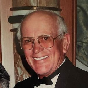 Everett Lozano Herrera Obituary Photo