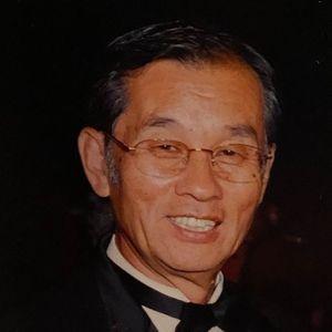 Tae H Yi