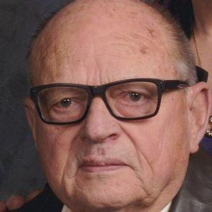 James  Earl DeShong