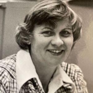 "Mrs. Agnes M. (Christie) ""Nancy"" Lindgren Obituary Photo"