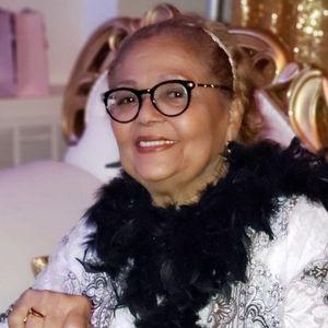 Gloria Almanzar