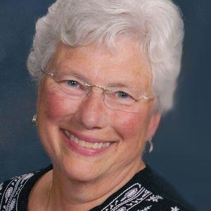 Joanne Klomparens
