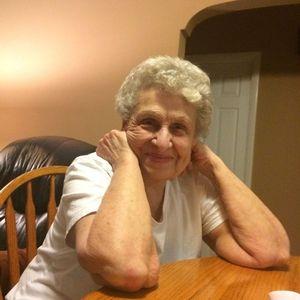 Joan (nee Fithian) Layden Obituary Photo