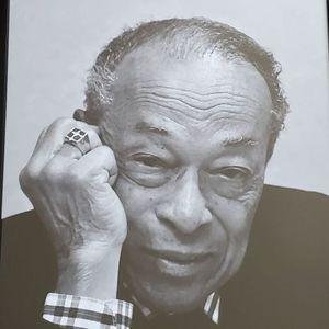 Dr. James Levi Hutchinson Obituary Photo