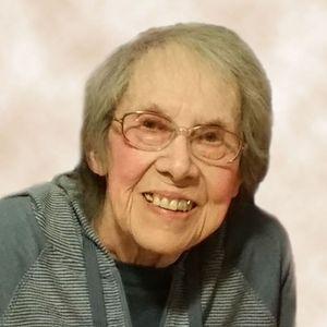 Lea T.  Favreau Obituary Photo