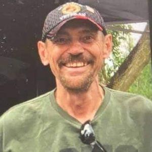 """Mr. Randall  J. """"Randy"""" Stout Obituary Photo"""