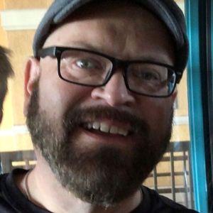 Andrew J Picchetti