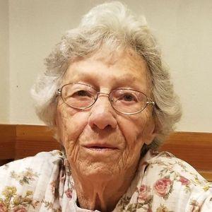 Mary C. (Abreu)  Alves Obituary Photo