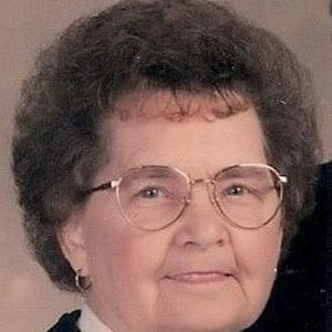 Everitt Agnes Luckett
