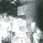 Nana, mom and me
