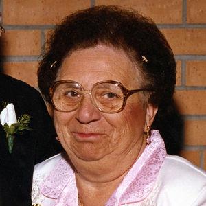 Eleanore Zeamer