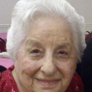 Marian M Liles