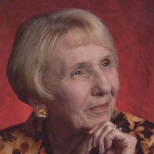 Mrs Mamie Ricki Davis