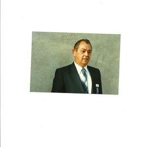Mr Robert Lorraine Smith