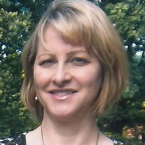 Ms. Sylvia M. Beard Obituary Photo