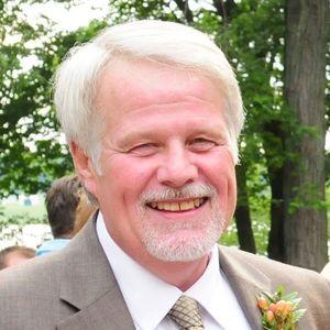 Gary E. Dixon